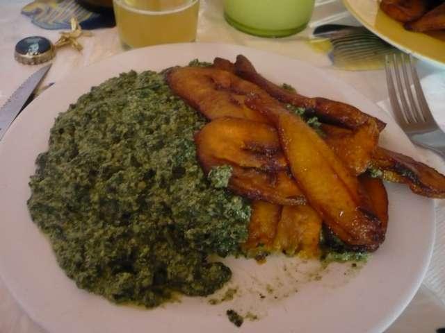 Ndolé et plantins frits